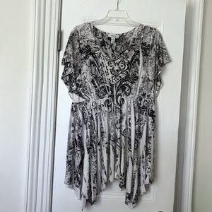 Style & Company B/W dress. XL. Use it as a tonic.